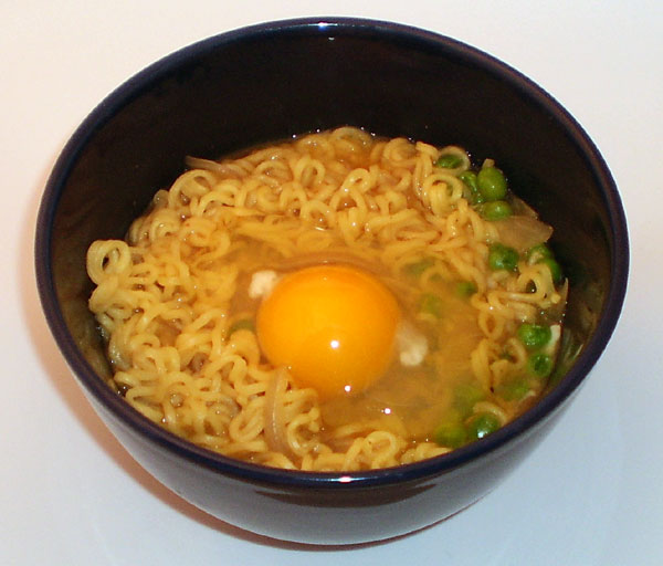 how to cook maggi with egg in microwave